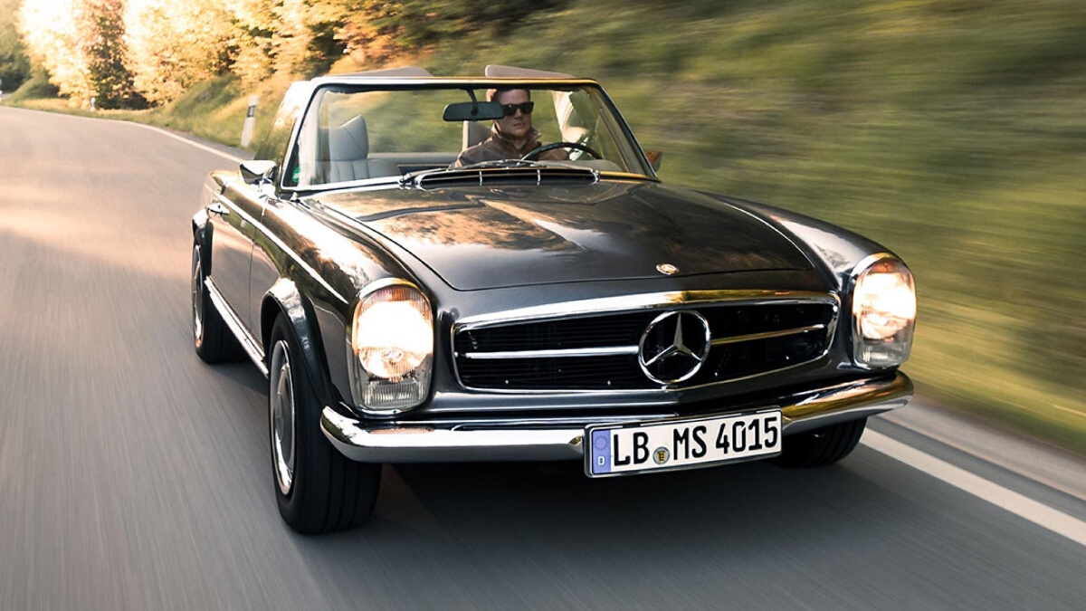 The Mercedes-Benz SL Front View