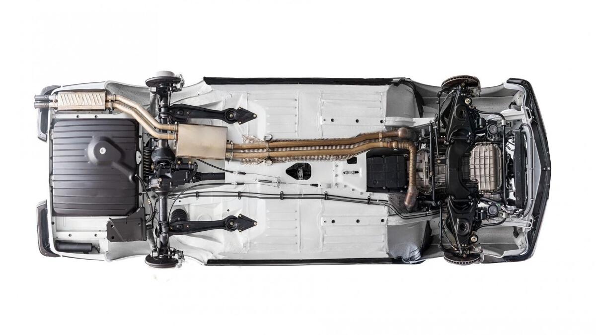 The Mercedes-Benz SL Underchassis