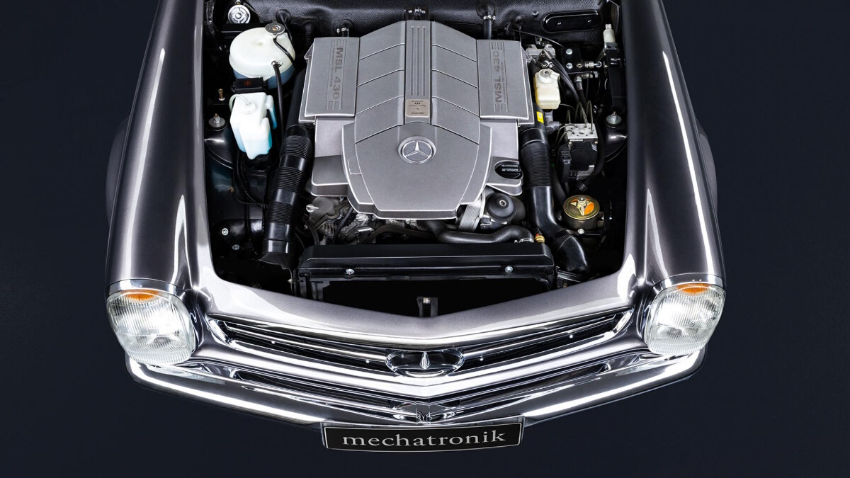 The Mercedes-Benz SL Engine Top View