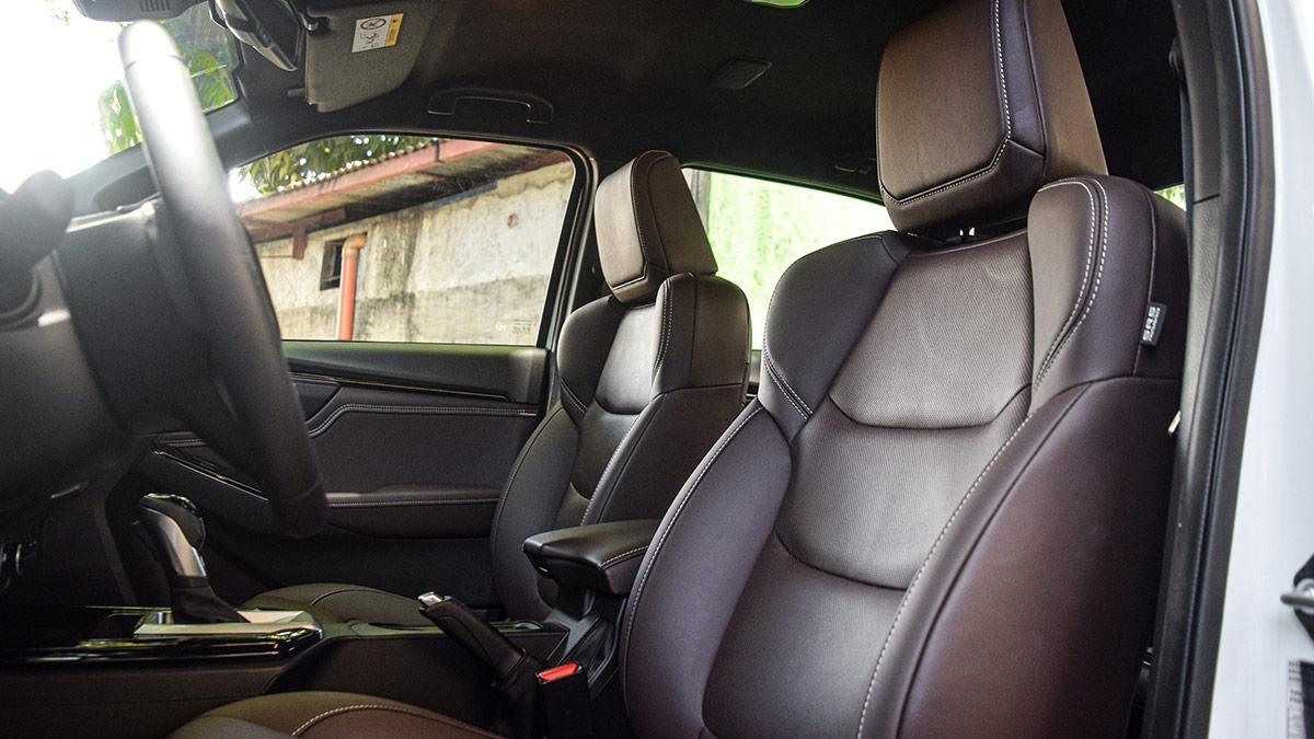 The 2021 Isuzu D-Max Front Passenger Seats