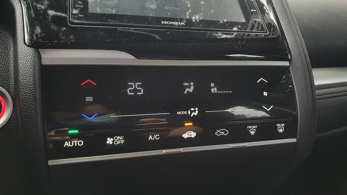The Honda Jazz Airconditioning Controls