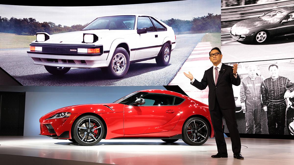 Akio Toyoda receives 2021 World Car Person of the Year award