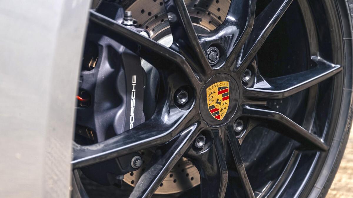 The Porsche 718 Cayman Rim