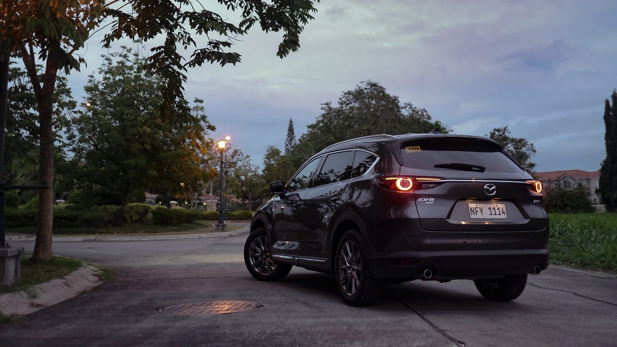 The Mazda CX-8 AWD Exclusive Turning a Curve