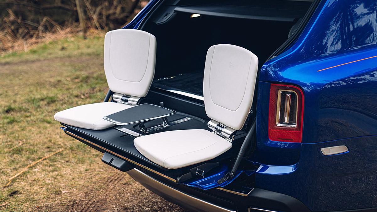 The Rolls-Royce Cullinan Recreation Module - Outdoor Lounge Use Case