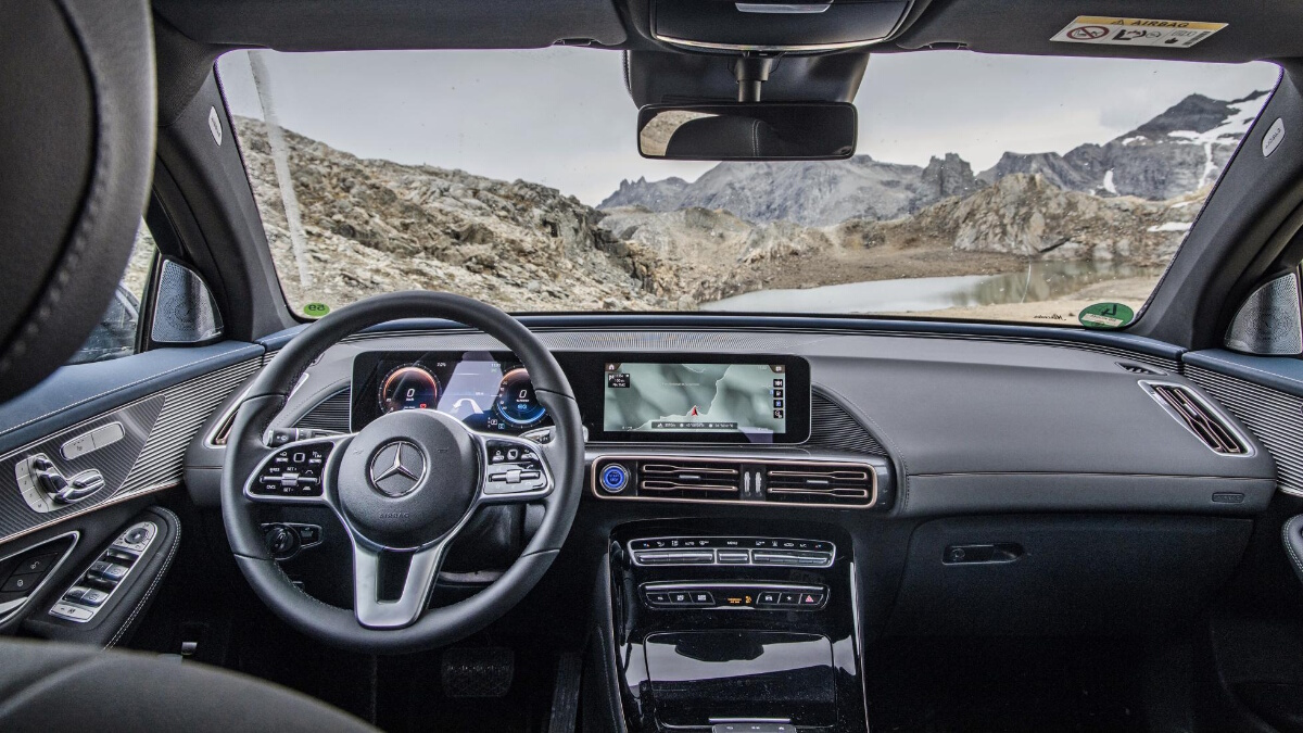 The Mercedes-Benz EQC 4x4 Dashboard