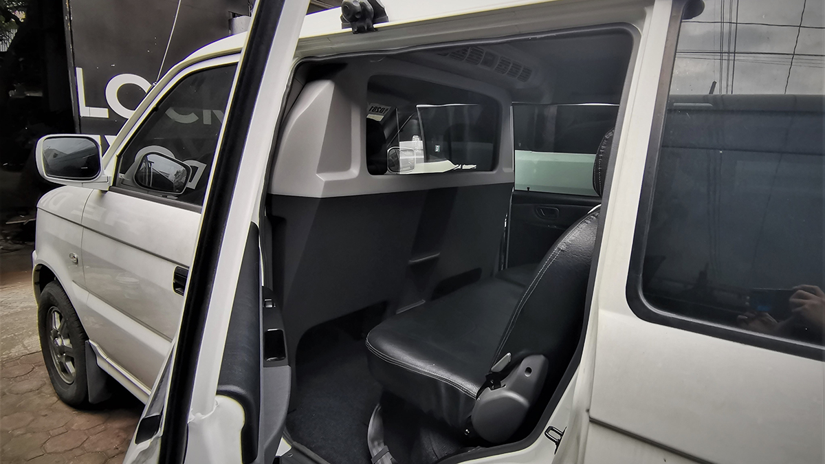 Atoy Cusoms' partition wall on the Mitsubishi Adventure
