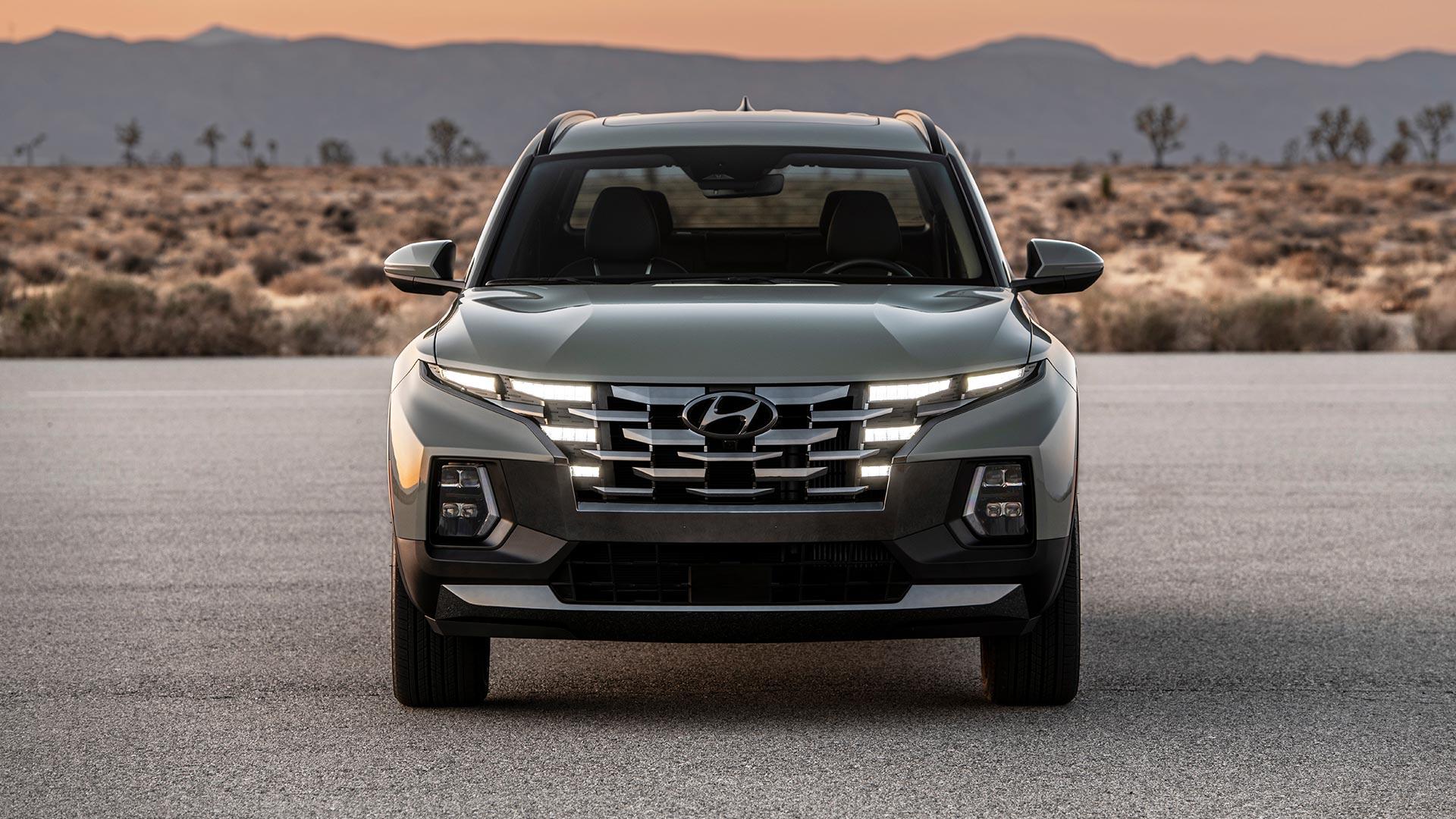 Hyundai Santa Cruz Front View