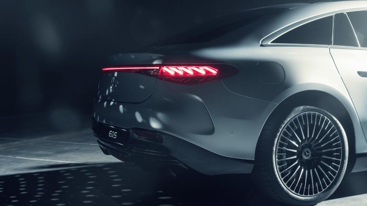 The Mercedes-Benz EQS Tail Light Close Up