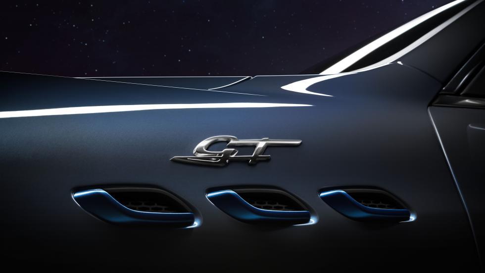 The Maserati Levante Hybrid Emblem