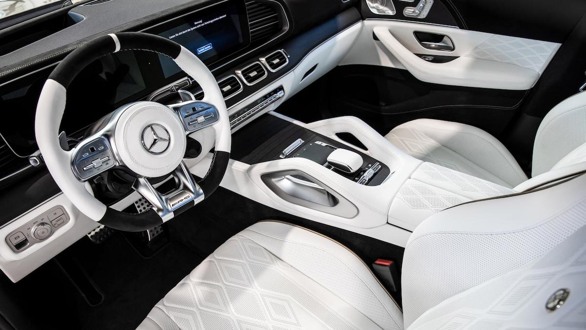 The Hofele Ultimate HGLE Coupe Dahboard and Front Passenger Seats