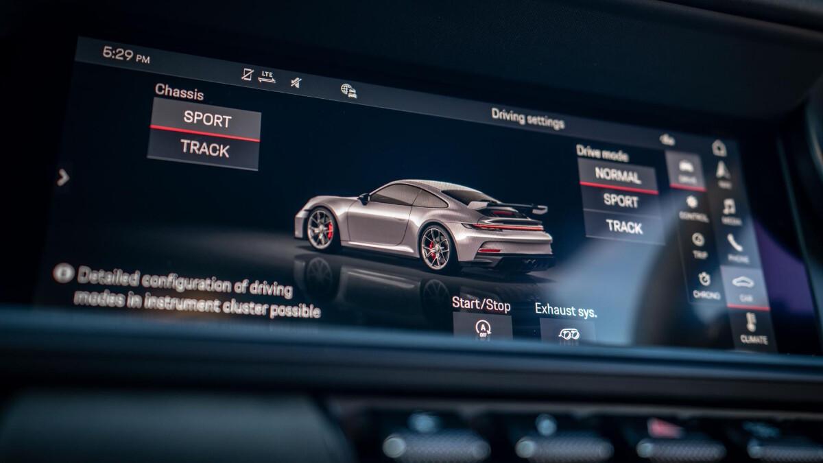 The Porsche 911 GT3 Infotainmenta System