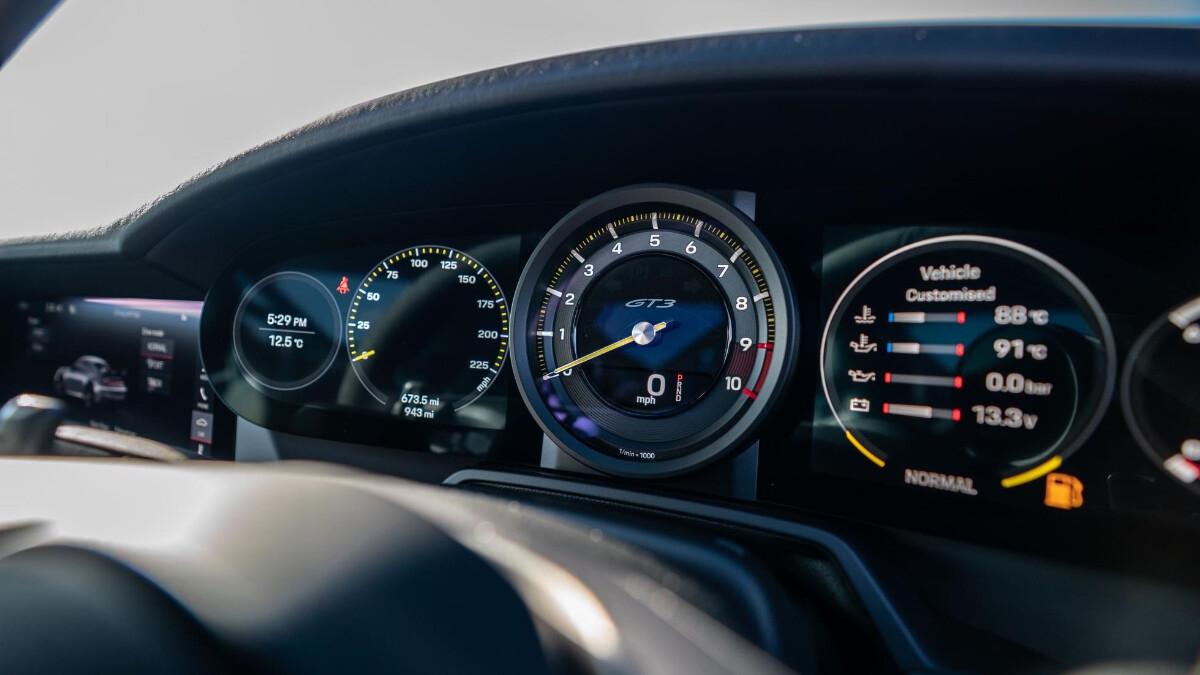 The Porsche 911 GT3 Odometers