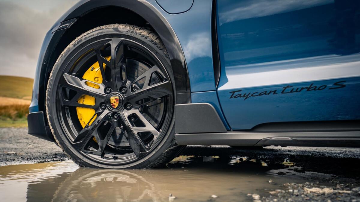 The 2022 Porsche Taycan Cross Turismo Steering Wheel