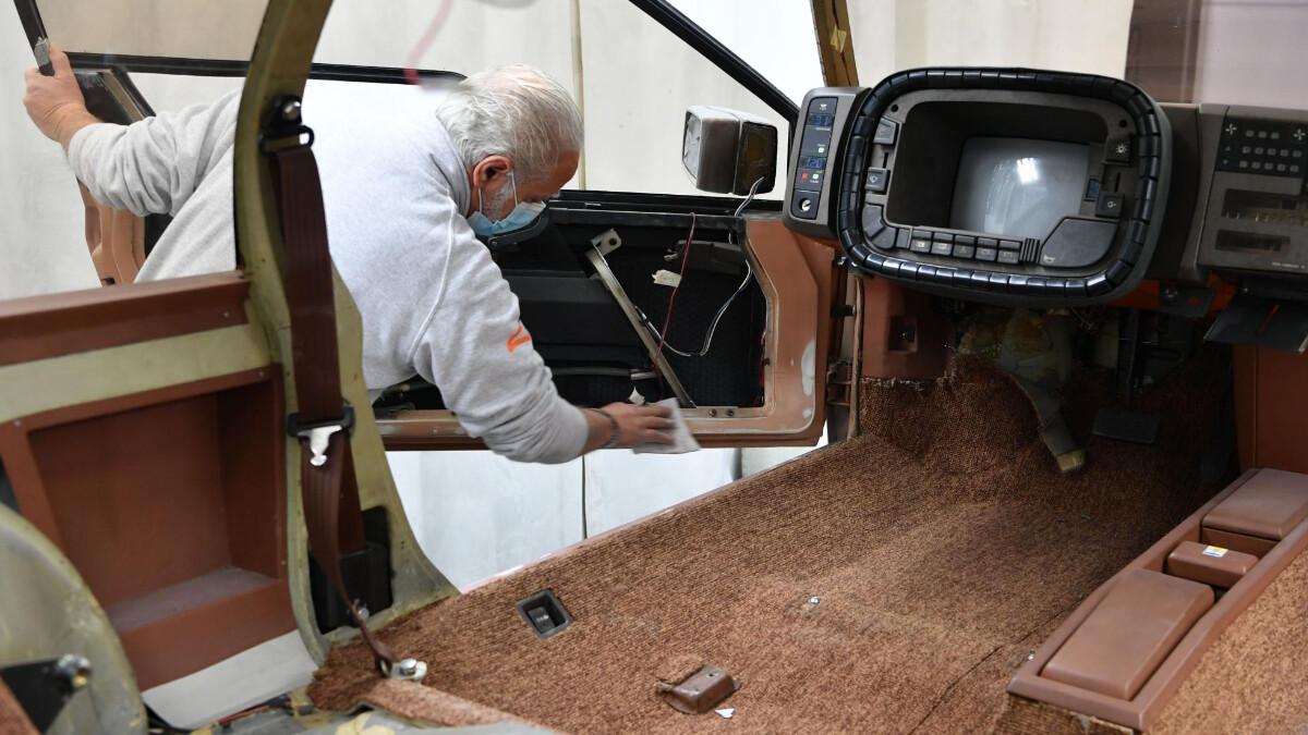 Polishing the interior of the Mazda MX-81 Aria