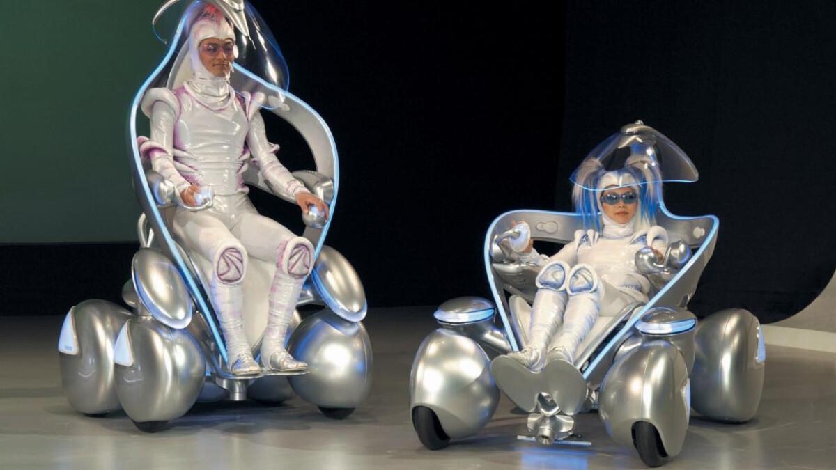Toyota i-unit concept with drivers wearing unique suits