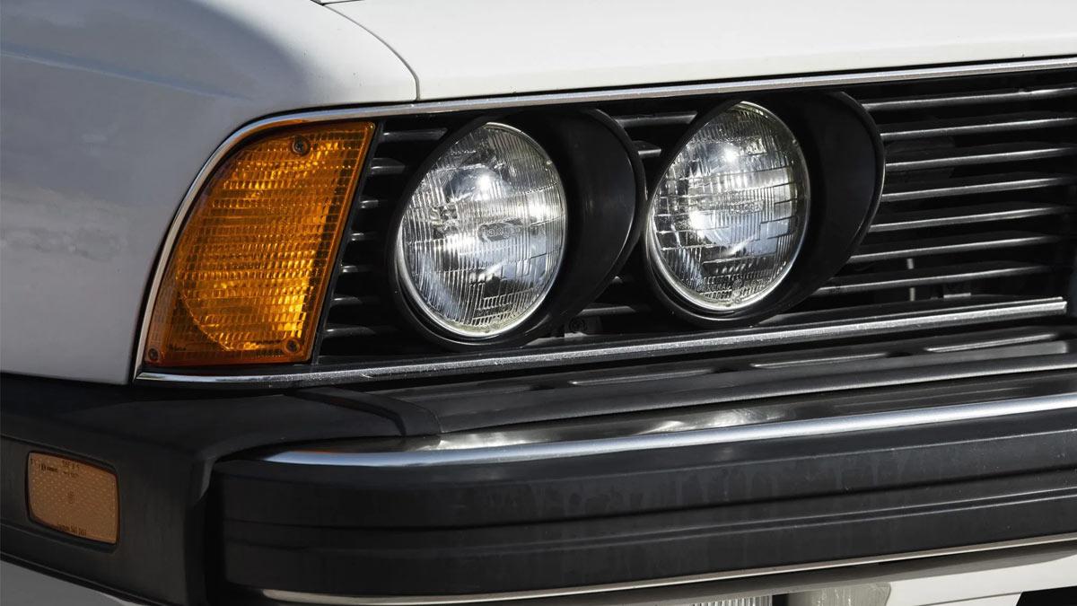 The 1984 BMW 633CSi Head Lamps