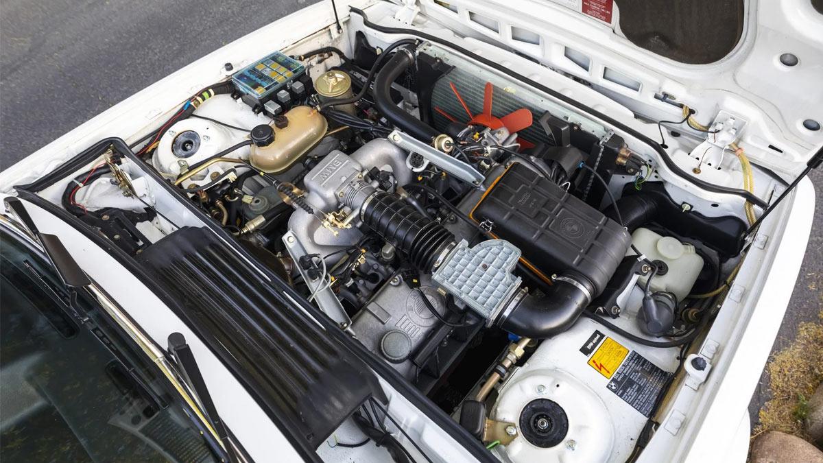 The 1984 BMW 633CSi Engine