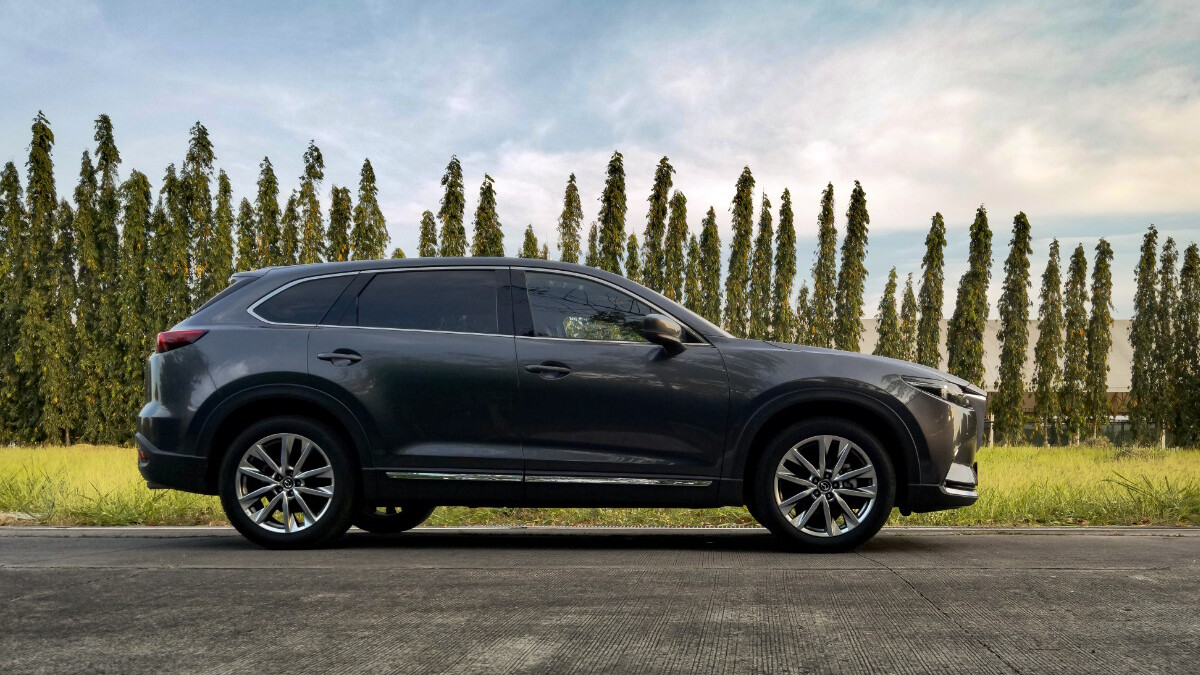 The 2021 Mazda CX-9 AWD Signature - Alternative Profile