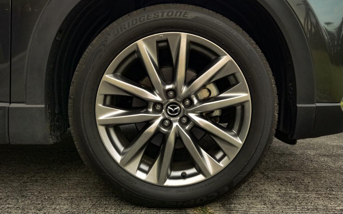 The 2021 Mazda CX-9 AWD Signature - Tire Rim