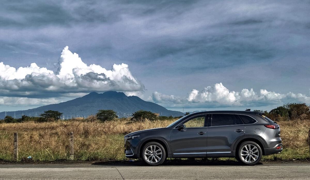 The 2021 Mazda CX-9 AWD Signature - Profile