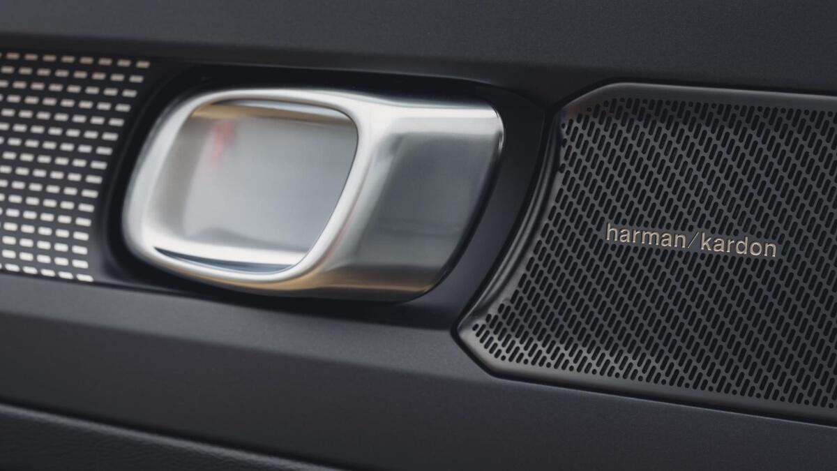 Door Speakers and Knob of the Volvo XC40 P8 Recharge