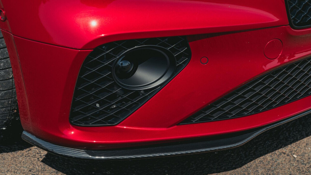 Fog lamps of the Bentley Continental GT Speed
