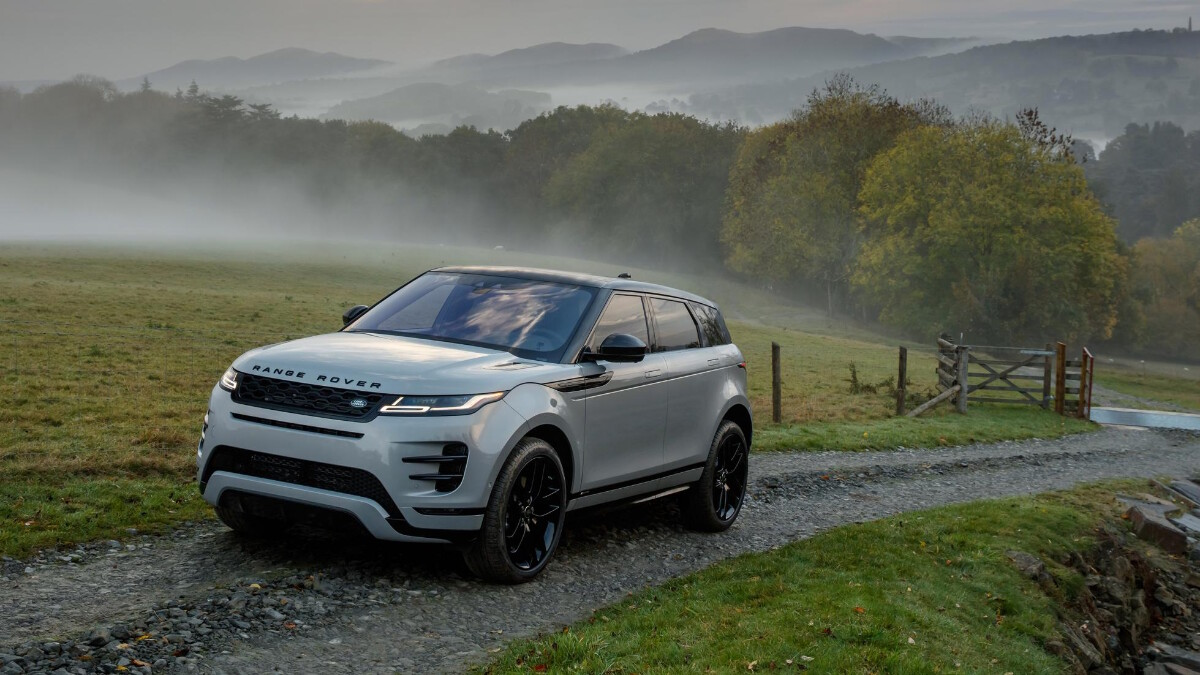 The Range Rover Evoque in the foggy countryside