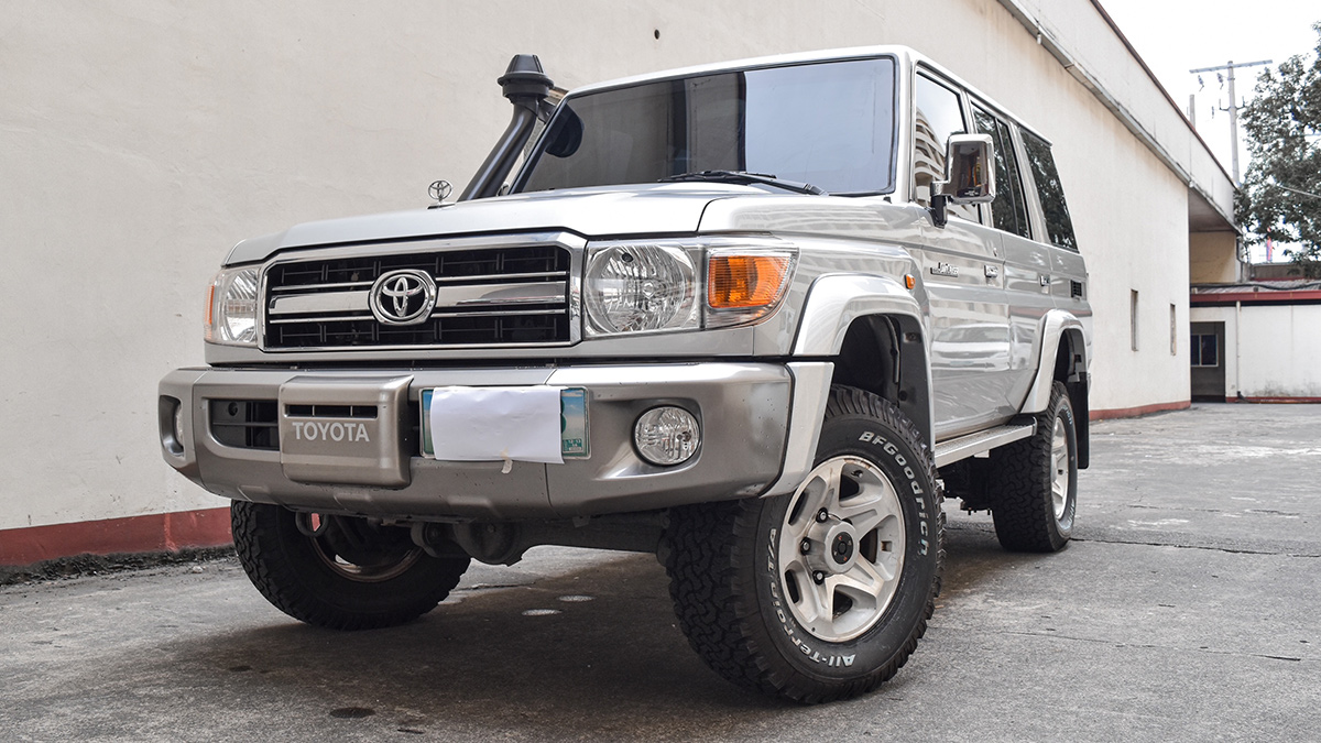 An armored Toyota Land Cruiser in the Philippines by Hi-Protect Armored Cars Corporation