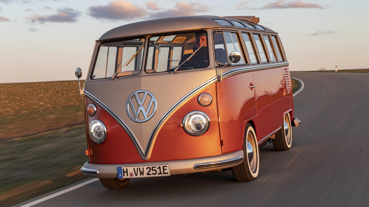 The Volkswagen e-Bulli on the road, front view