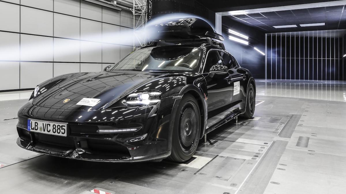 The Porsche Tequipment performance roof box for the Cross Turismo
