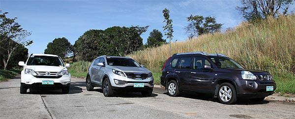 killer crossover honda cr v vs kia sportage vs nissan x trail. Black Bedroom Furniture Sets. Home Design Ideas