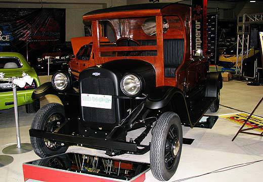 TopGear.com.ph Philippines Car Features - 1918 Chevrolet Delivery Truck at the 2010 Trans Sport Show