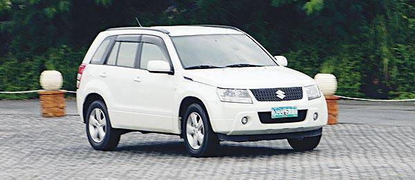 TopGear.com.ph Philippine Car Review - 2009 Suzuki Grand Vitara 4x2