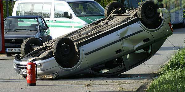 TopGear.com.ph Philippine Car News - Car accident photo (from SXC.hu)