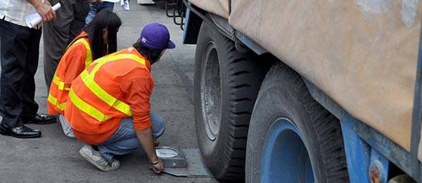 TopGear.com.ph Philippine Car News - DPWH starts anti-truck overloading operations
