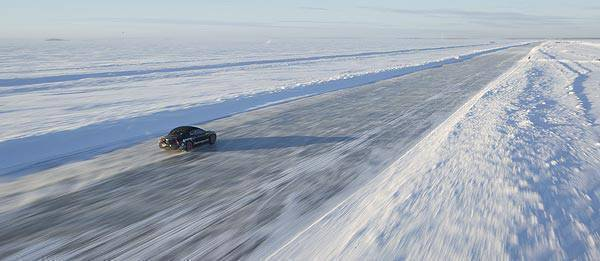 TopGear.com.ph Philippine Car News - Bentley Continental Supersports droptop shatters land speed record on ice