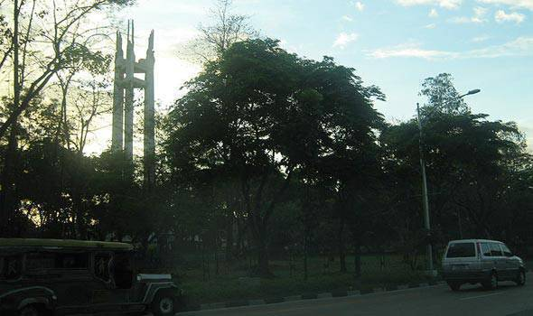 Quezon City Memorial Circle (Photo from Wikimedia Commons)