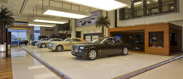 TopGear.com.ph Philippine Car News - World's largest Rolls-Royce showroom opens in Abu Dhabi