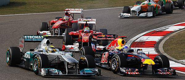 TopGear.com.ph Philippine Car News - 2011 Formula 1: Hamilton overtakes Vettel to win Chinese GP