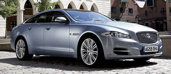 "TopGear.com.ph Philippine Car News - Jaguar XJ wins ""Most Surprisingly Economical"" car award"