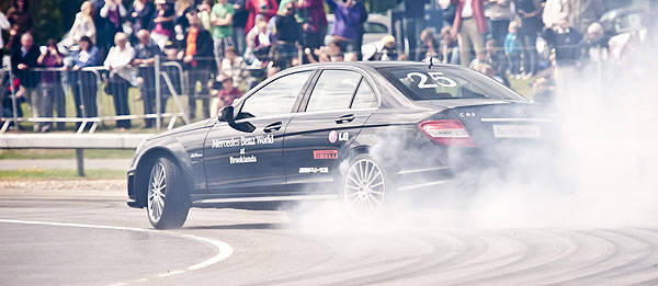 TopGear.com.ph Philippine Car News - World's longest drift set in a Mercedes-Benz C63 AMG