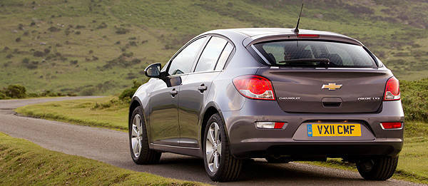 TopGear.com.ph Philippine Car News - Chevrolet launches Cruze hatchback--in Europe