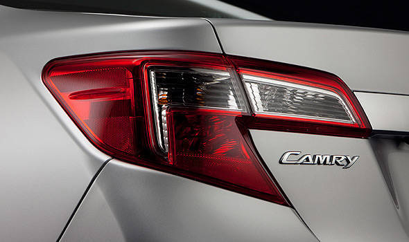 TopGear.com.ph Philippine Car News - Another day, another next-generation Toyota Camry teaser