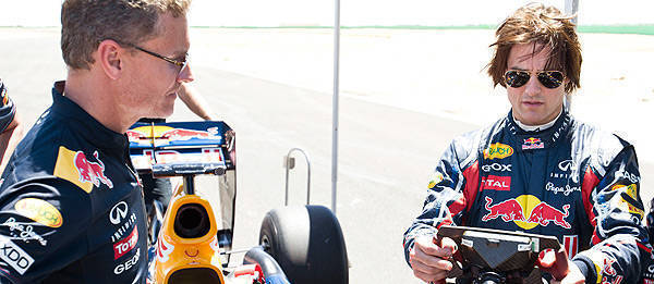 TopGear.com.ph Philippine Car News - Tom Cruise gets behind the wheel of Red Bull's F1 car