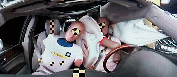 TopGear.com.ph Philippine Car News - General Motors to introduce industry-first front center airbag