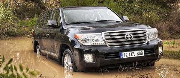 TopGear.com.ph Philippine Car News - Toyota updates Land Cruiser