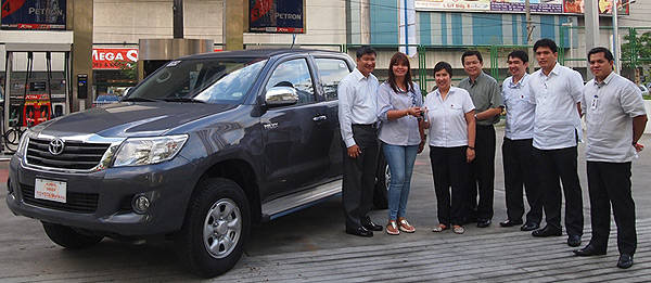 TopGear.com.ph Philippine Car News - Petron turns over vehicles to first batch of its Doble Panalo promo winners
