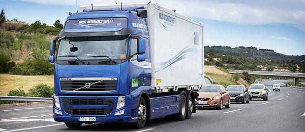 TopGear.com.ph Philippine Car News - Volvo's road train takes to the public streets