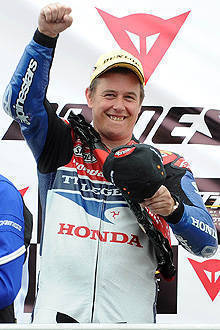 TopGear.com.ph Philippine Car News - John McGuinness claims 18th Isle of Man TT trophy